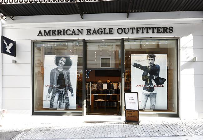 d632c9234f10 Το νέο American Eagle Outfitters άνοιξε τις πόρτες του στην Ερμού