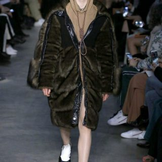 Burberry-Lace-LFW02