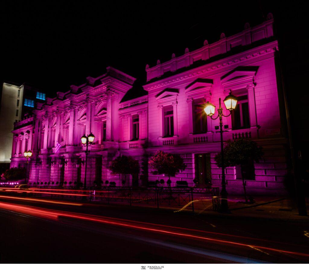 Η ESTÉE LAUDER HELLAS φωταγώγησε το Εθνικό Θέατρο της Ελλάδος για την εκστρατεία ενημέρωσης για τον καρκίνο του μαστού!